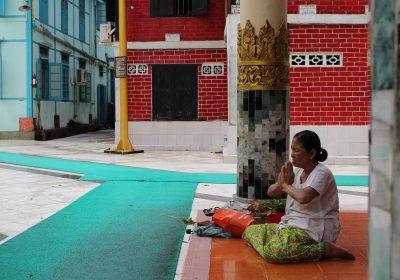 buddhism-yangon-myanmar